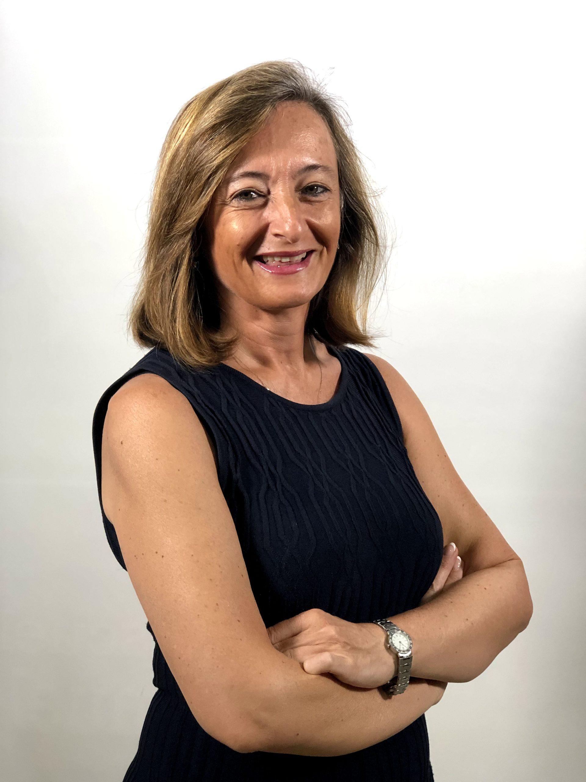 MARÍA ELENA CAMPOS GONZÁLEZ
